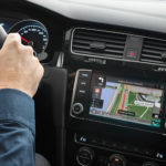 Wzmacniacze, głośniki, subwoofery – dla kierowców kochających muzykę